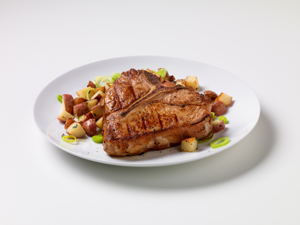 Grilled Veal Chop with Potato Leek Hash (2)